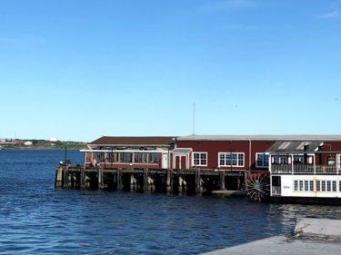 海上に浮かぶ シーフードレストラン【MURPHY'S Restaurant & Patio】ハリファックスの外食④