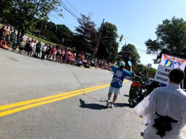 ハリファックスをイカ踊りでパレード【Pepsi Natal Day Parade】遊び⑥