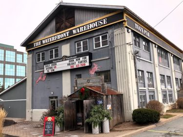テラスも店内も素敵なシーフードレストラン【Waterfront Warehouse】ハリファクスの外食㊷